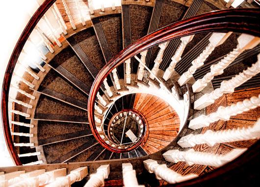 Сонник Винтовая лестница. К чему снится Винтовая лестница